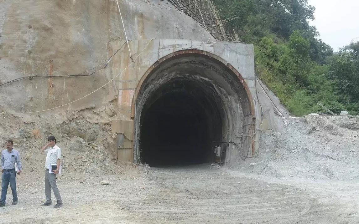 সোবক-রংপো রেল টানেলে দুর্ঘটনা, মৃত ২ শ্রমিক