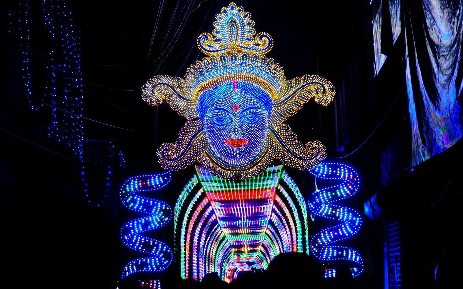 পুজোর আগে ঘোর বিপদ চন্দননগরের আলোপাড়ায়